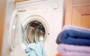 http://www.telegraph.co.uk/property/propertyadvice/jeffhowell/8013593/Home-improvements-Slime-does-come-out-in-the-wash.html